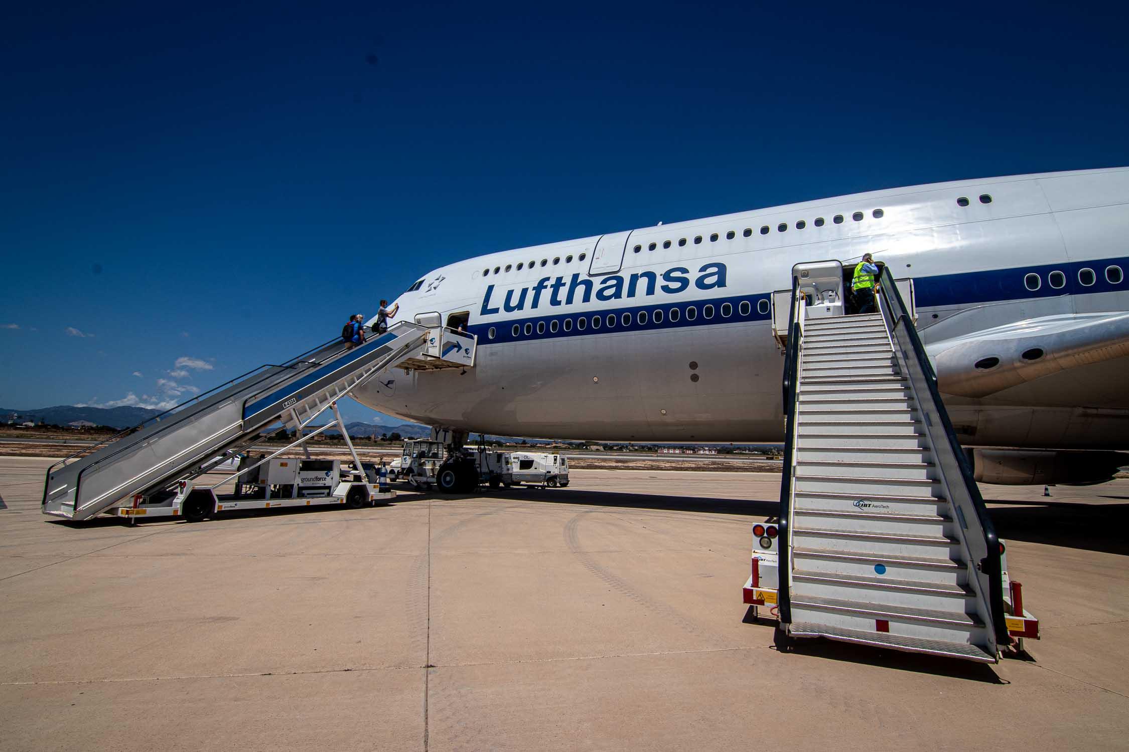 Lufthansa Boeing 747-8 Palma-4