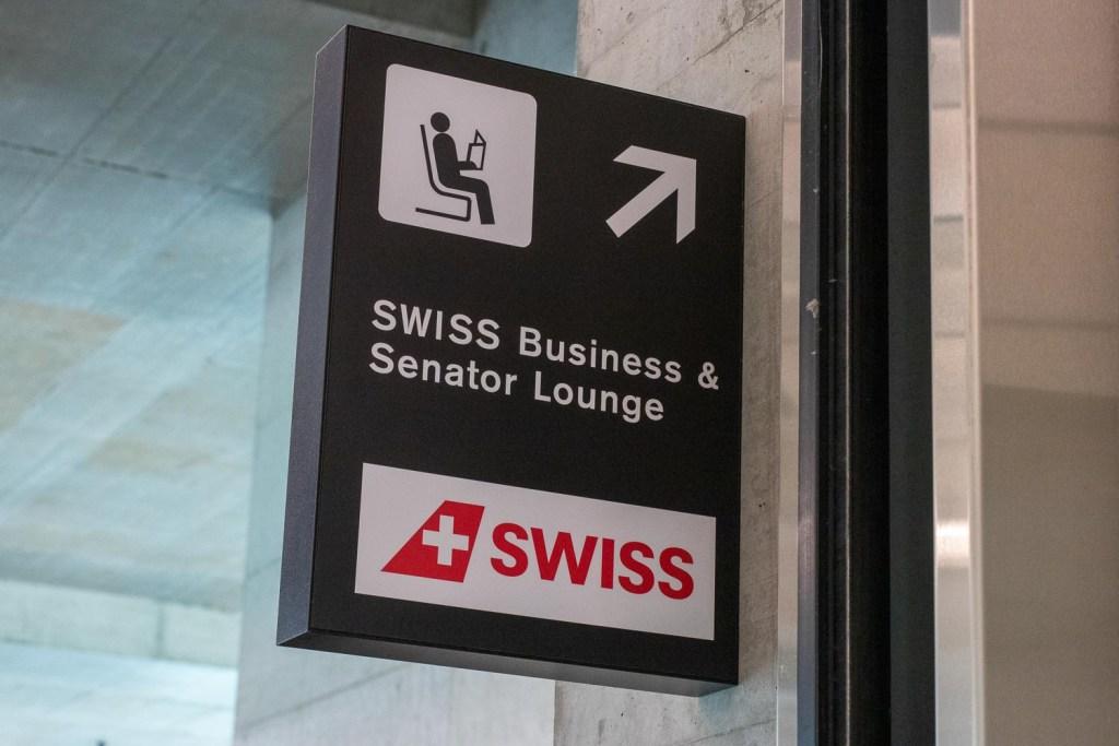 Swiss Senator Lounge Dock E Zürich-7