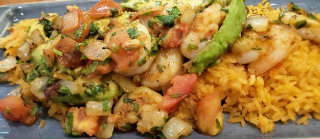 Shrimp, rice and avocado