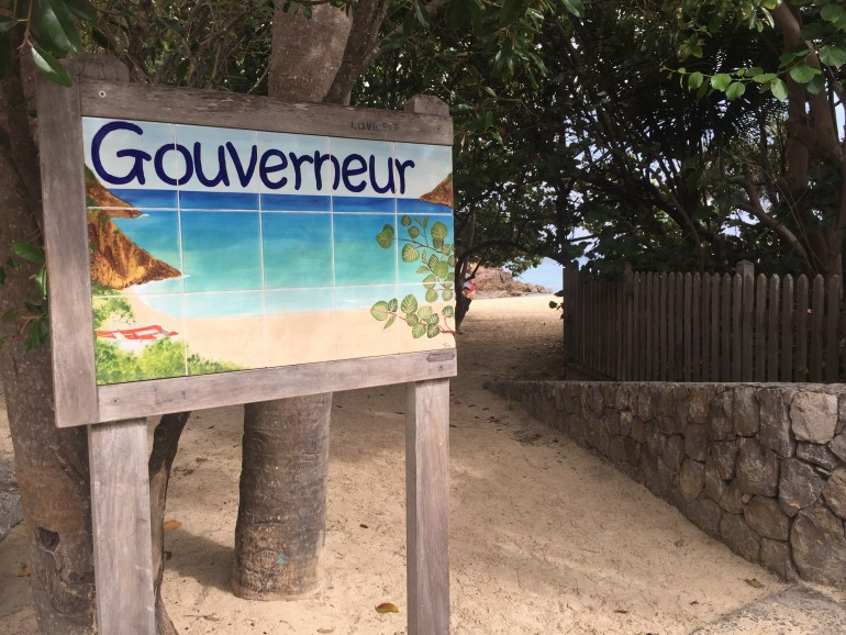 Entrance to Gouverneur Beach