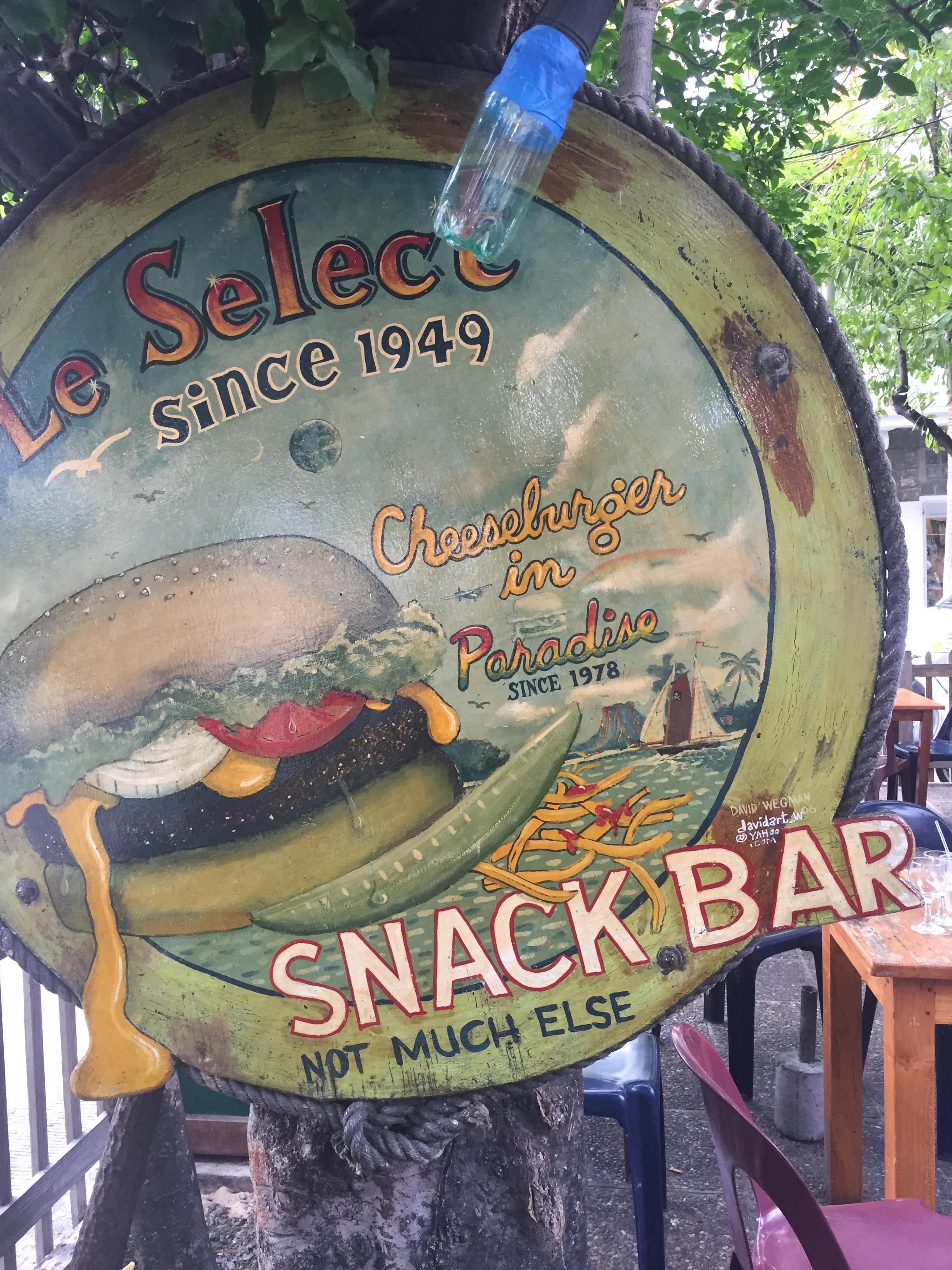 Famous Le Select sign