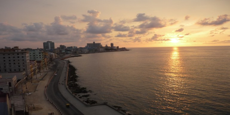 my-view-of-the-malecon-boulevard-from-the-hotel