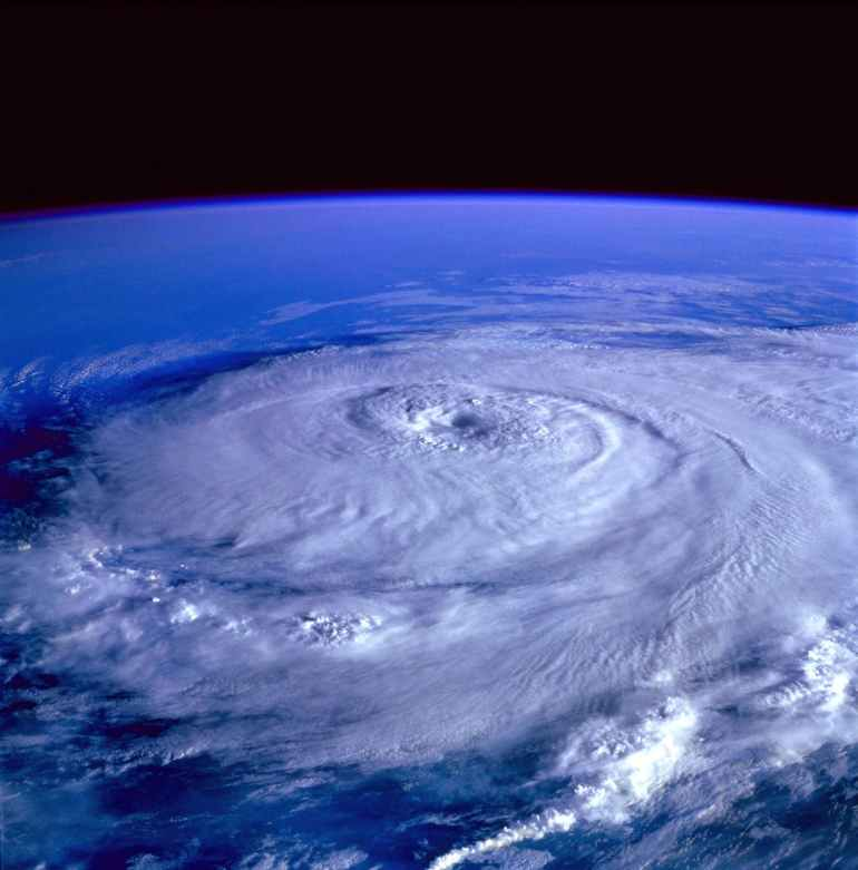 15 things to remember when preparing for a hurricane