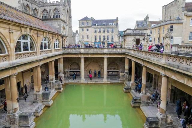 The Roman Baths in Bath - UK Budget Guide in Edinburgh, Wales and London