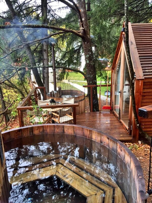 Glamping sul lago di Bled dormire in una casa sullalbero