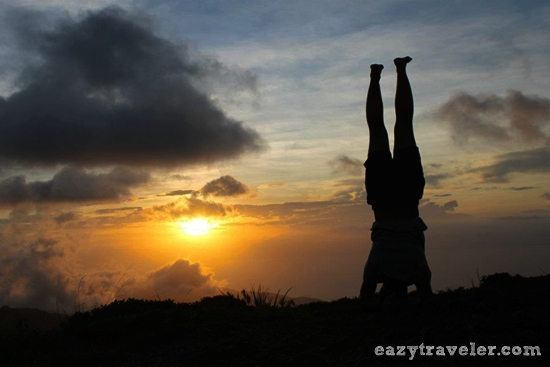 headstand at osmena peak