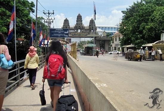 thai border to poipet border