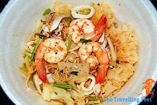 seafood noodles salad