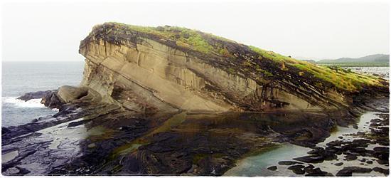 Majestic Rock Formations: The Hidden Gems of Biri Island