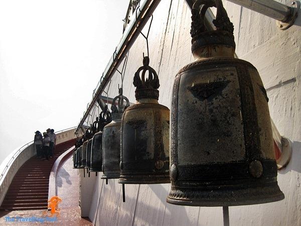 bells surrounding the mount