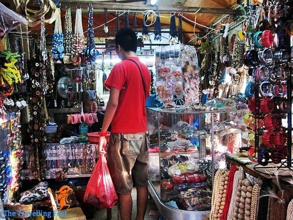 where to buy souvenir items in Cebu