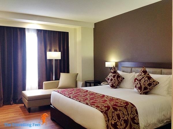 Premiere King Room - brent wood suites