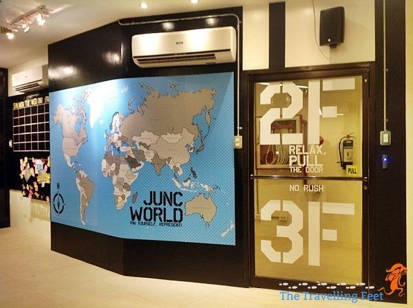 hostel world map