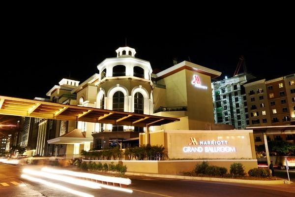 Marriott Hotel Manila Opens Largest Ballroom in PH