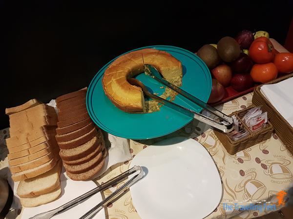 café da manhã at Ibis Paulista