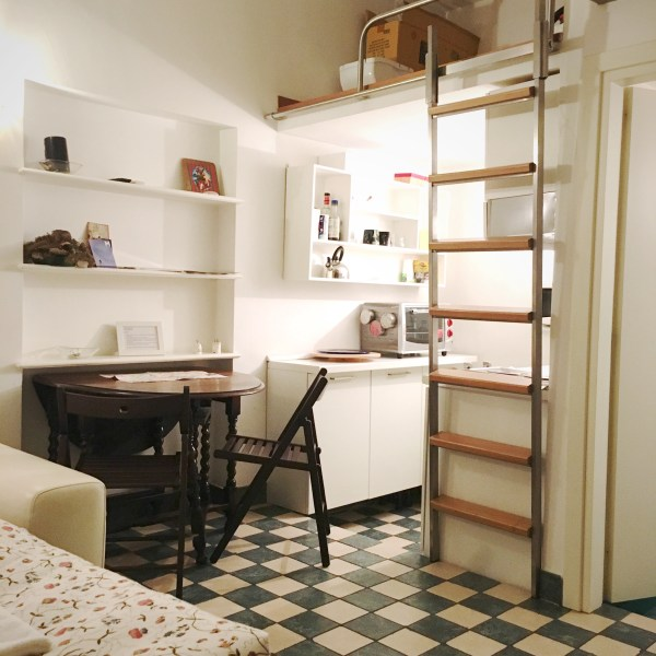 Airbnb studio apartment | Rome | The Travel Medley