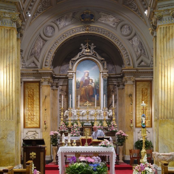 How To Attend English Mass in Vatican City   Rome   The Travel Medley