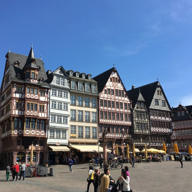Bits & Pieces | Frankfurt | The Travel Medley