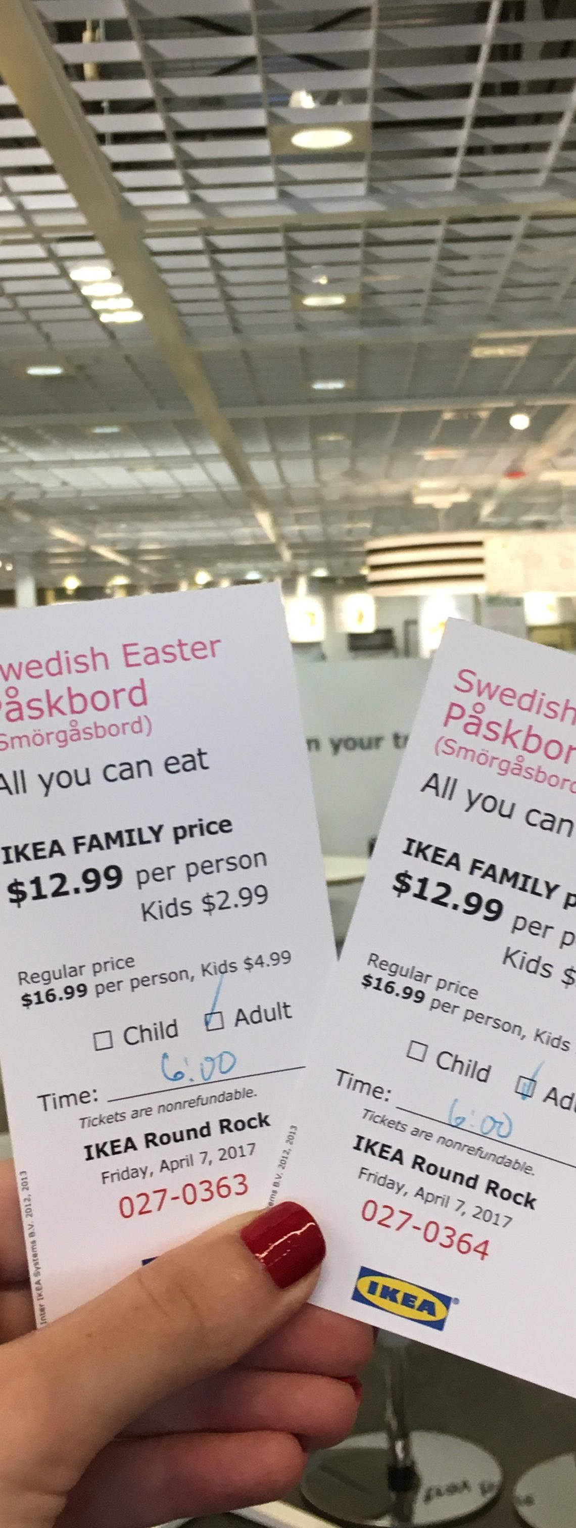 IKEA Påskbord Smörgåsbord | USA | The Travel Medley