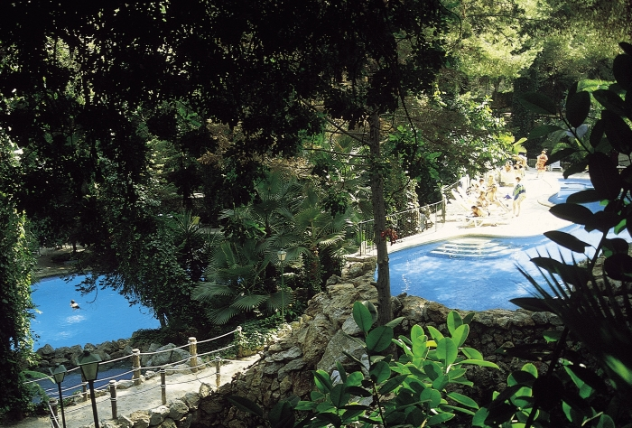 Gardens and pools at the Hotel Bon Sol Resort and Spa in Mallorca in Spain.
