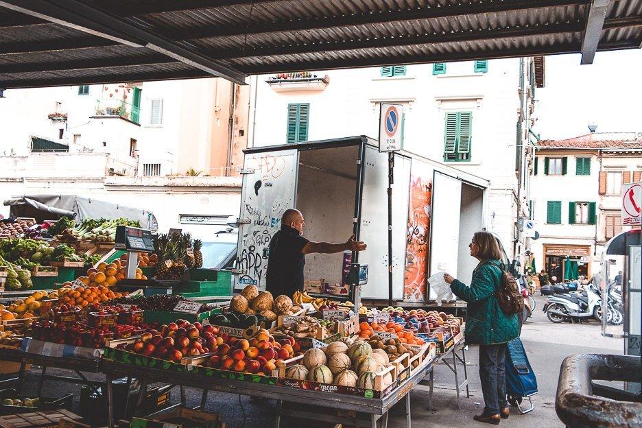 Locals at Sant'Ambrogio Market, Florence