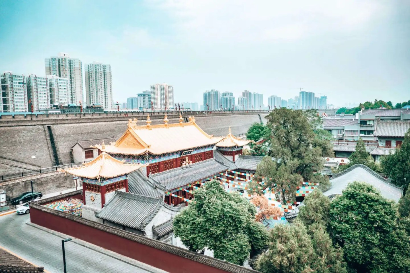 Image of the Guangren temple in Xian China