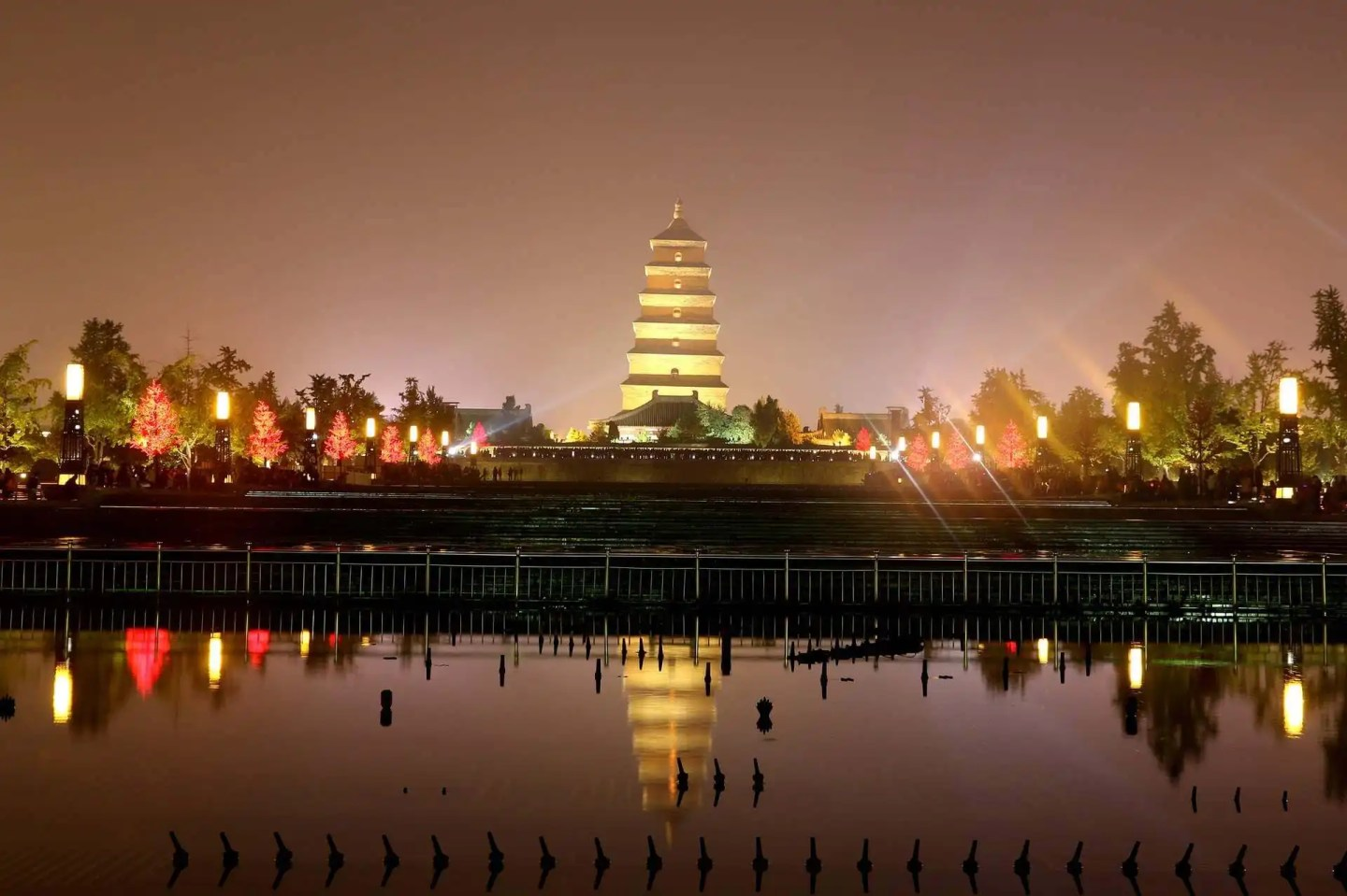 Image of the wild goose pagoda in Xian China at night