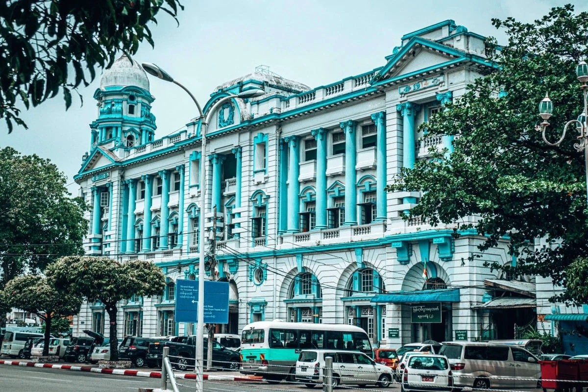 3 days in Yangon itinerary - colonial buildings