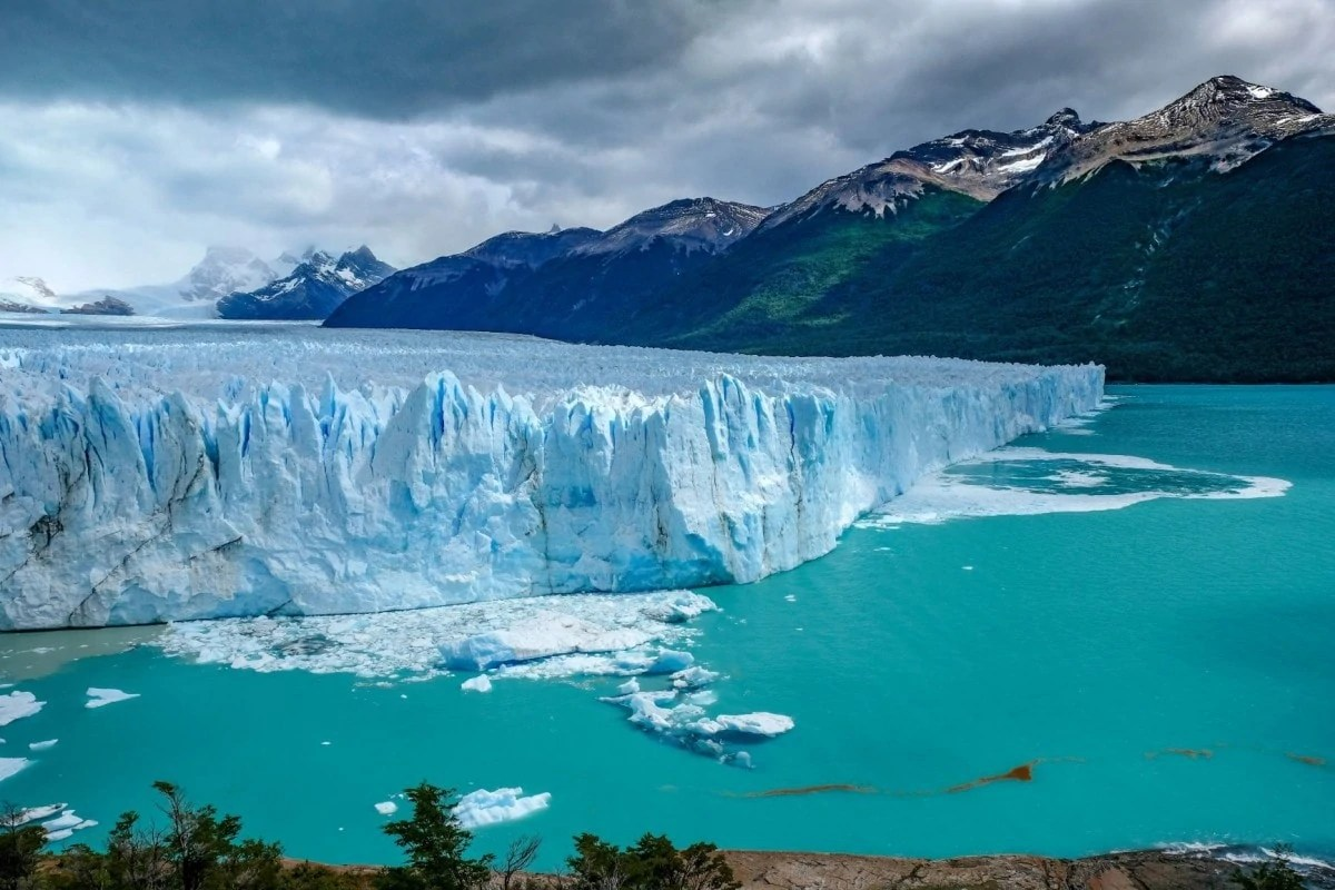 Books about wanderlust - Patagonia Argentina Chile