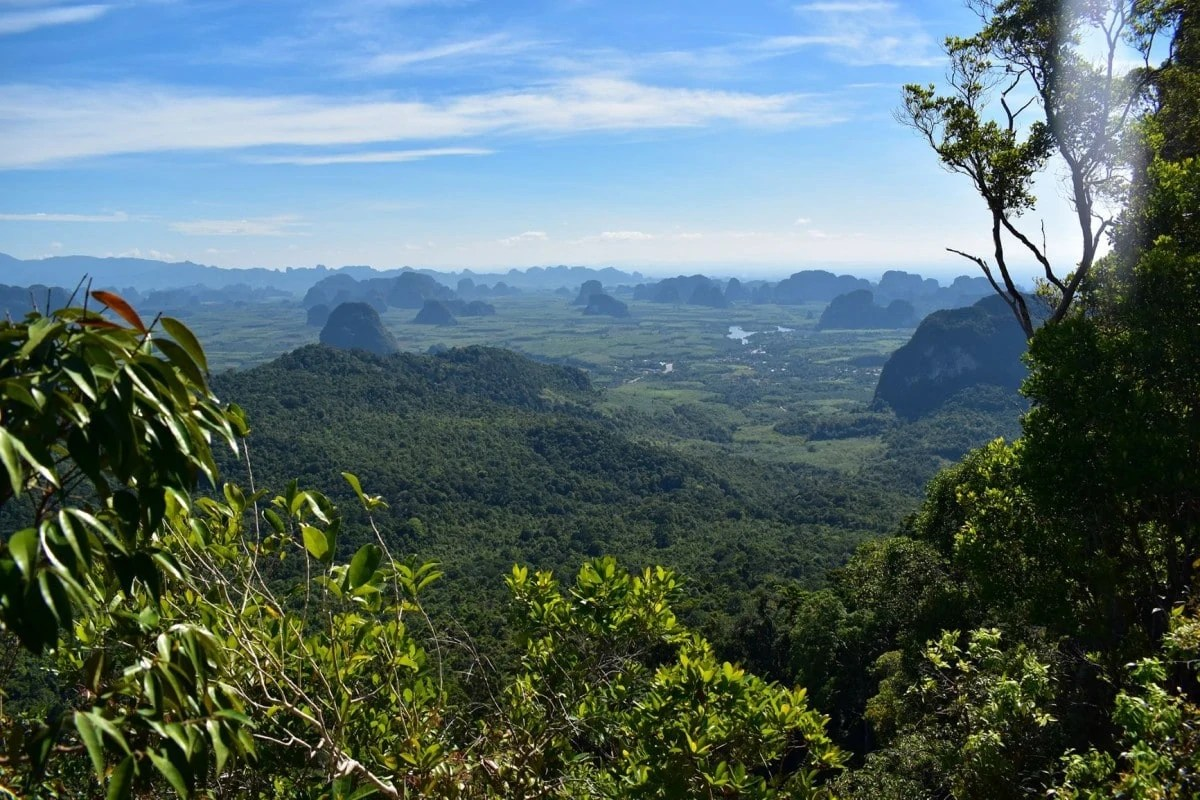 Hidden places in Krabi - Dragon Crest Mountain hike