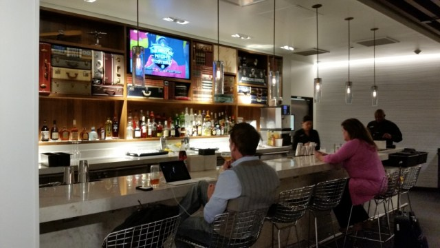 amex centurion Las vegas lounge reviews