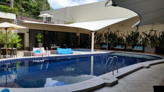 radisson hotel brunei darussalam pool