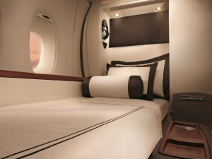 singapore airlines suites bed book with miles