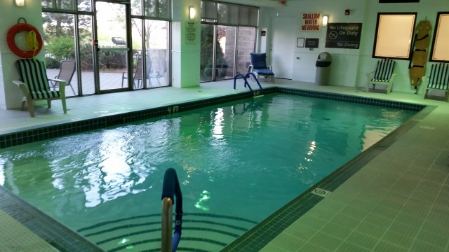 hampton inn mississauga indoor pool