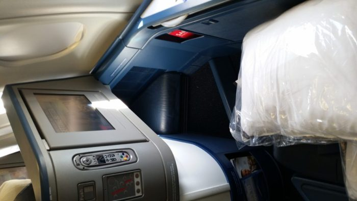 airbus a330-300 delta first class seat