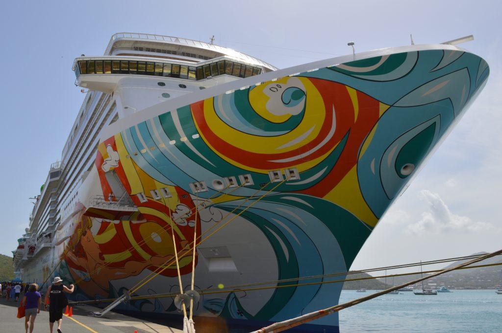 Norwegian Getaway hull