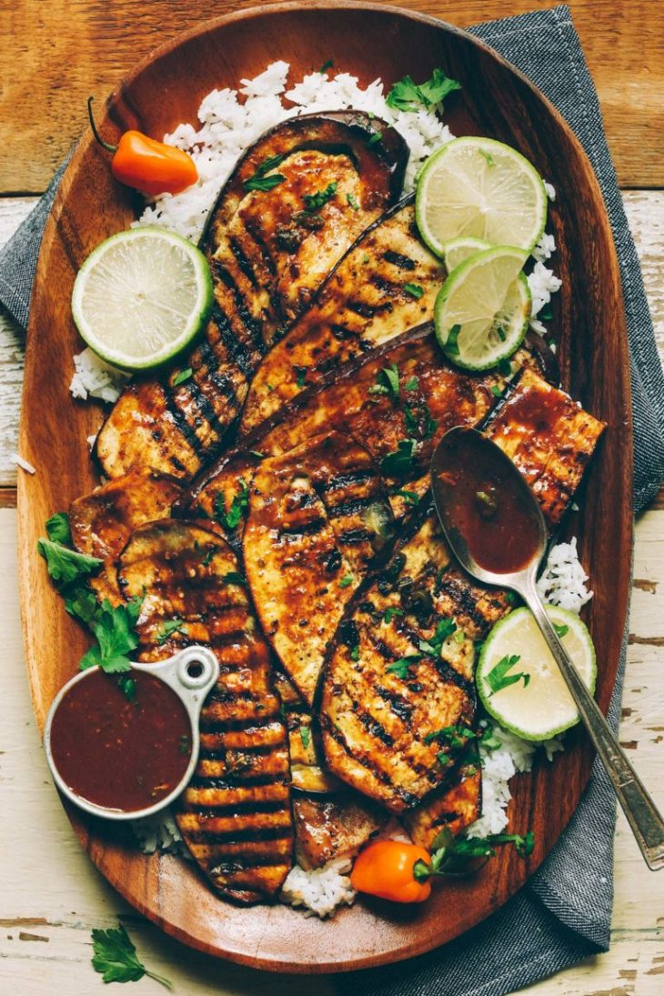 Jamaican-Jerk-Spiced-Grilled-Eggplant-A-plant-based-alternative-to-chicken-and-SO-delicious-vegan-glutenfree-plantbased-jerk-eggplant-768x1152