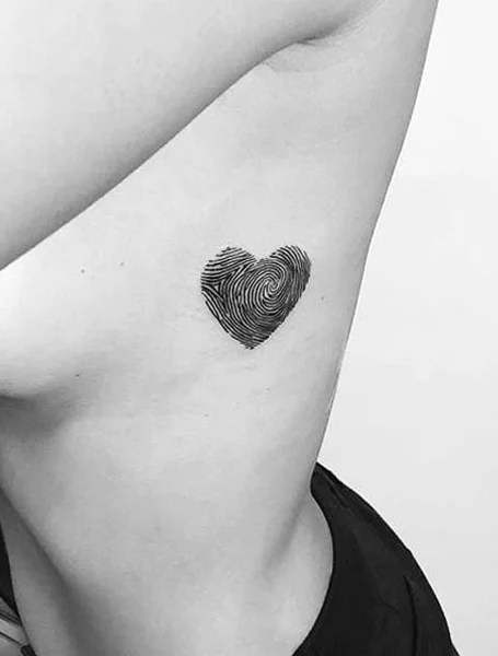 Black And White Heart Tattoo : black, white, heart, tattoo, Heart, Tattoos, Instantly, Trend, Spotter