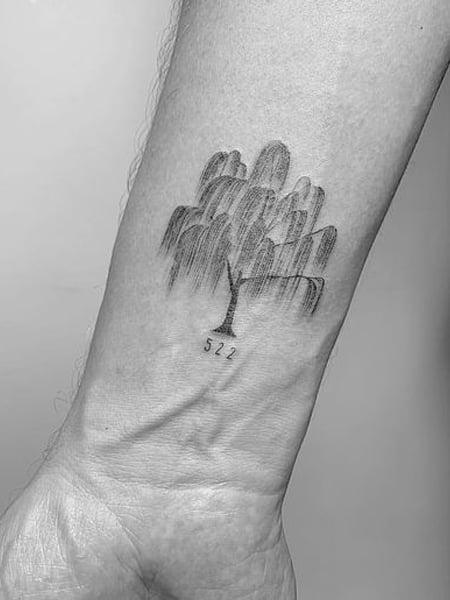 Small Willow Tree Tattoo : small, willow, tattoo, Intricate, Tattoos, Trend, Spotter