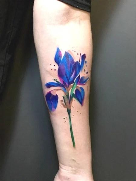 Small Iris Flower Tattoo : small, flower, tattoo, Flower, Tattoos, Passionate, (2021), Trend, Spotter