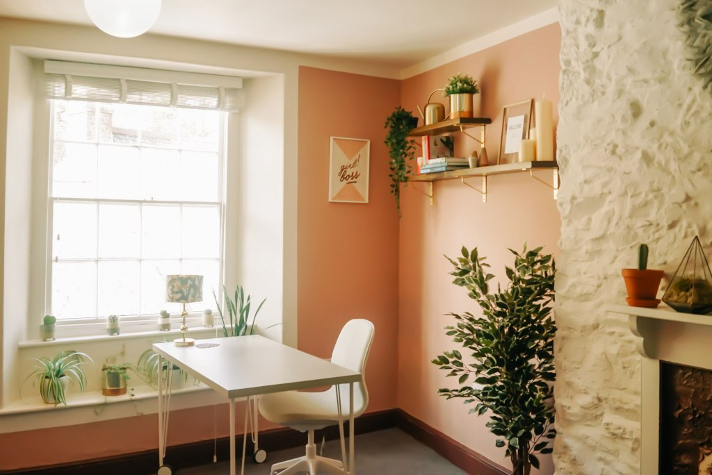 The Tribe coworking space in Totnes, SouthHams for female entrepreneurs