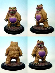 This Teddy mini from Malifaux looks great from front and back, but turn it on its side... flat T_T... btw this pic is taken from a guy on Pinterest, much much respect to him, lovely painting