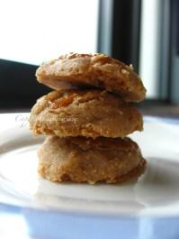 Peanut cookie - http://thetrishaw.com/2013/01/31/chinese-new-year-peanut-cookies/