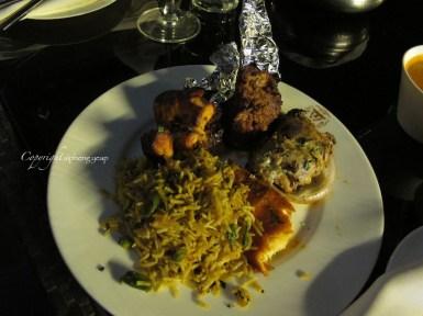 Mixed grill, tandoori chicken and vegetable biryani
