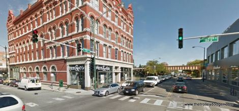 """North and Halsted as it looks today. The """"L"""" makes a """"triple curve"""" here."""