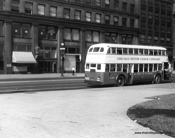Chicago Motor Coach Company double decker bus 162.