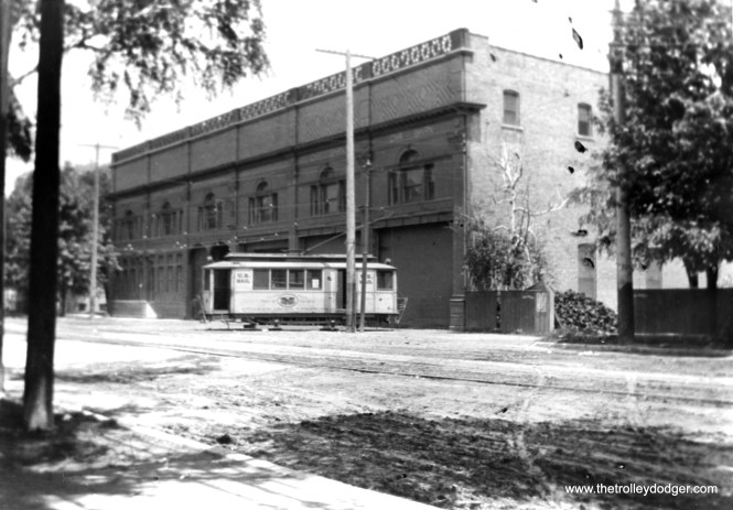 A Chicago streetcar railway post office car at Broadway and Ardmore. Such services ended in 1915, early in the CSL era. (Fred Borchert Photo)