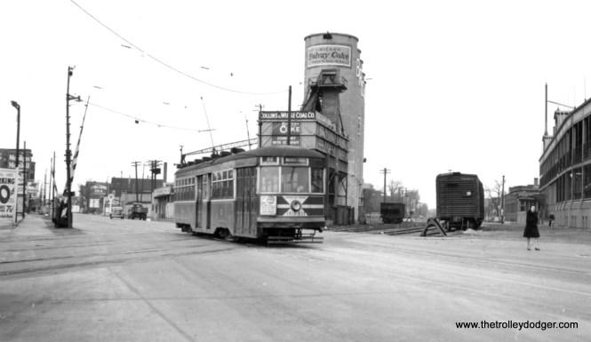 CSL Sedan 3340 crosses the old Milwaukee Road freight tracks near Wrigley Field. (Joe L. Diaz Photo)
