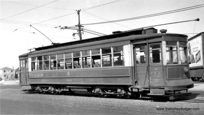 """CSL """"Little"""" Pullman 810, built in 1910, on route 10. George Trapp: """"CSL 810 is at Western-Howard."""""""