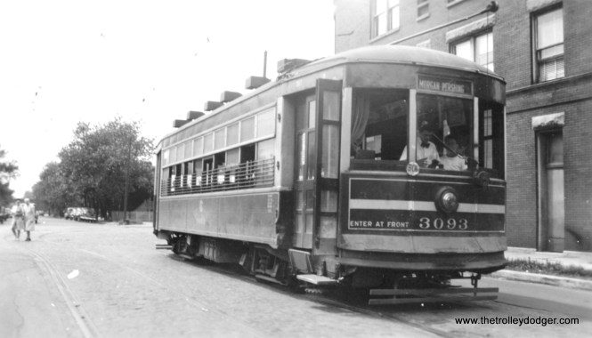 CSL 3093 at Erie and Ashland, signed to go to Morgan and Pershing.